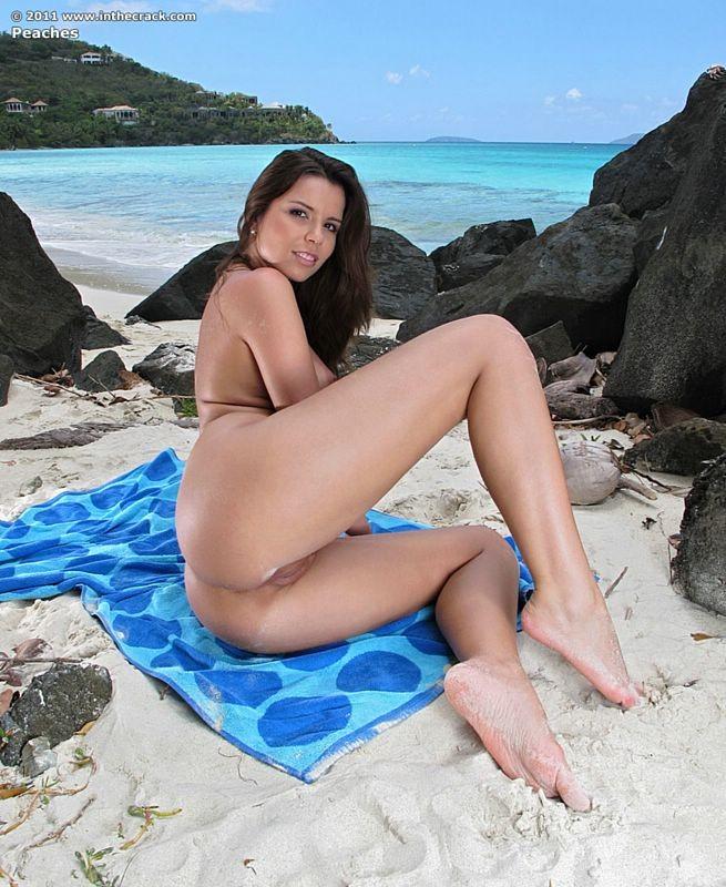 Peaches - На пляже - Порно галерея № 2985636