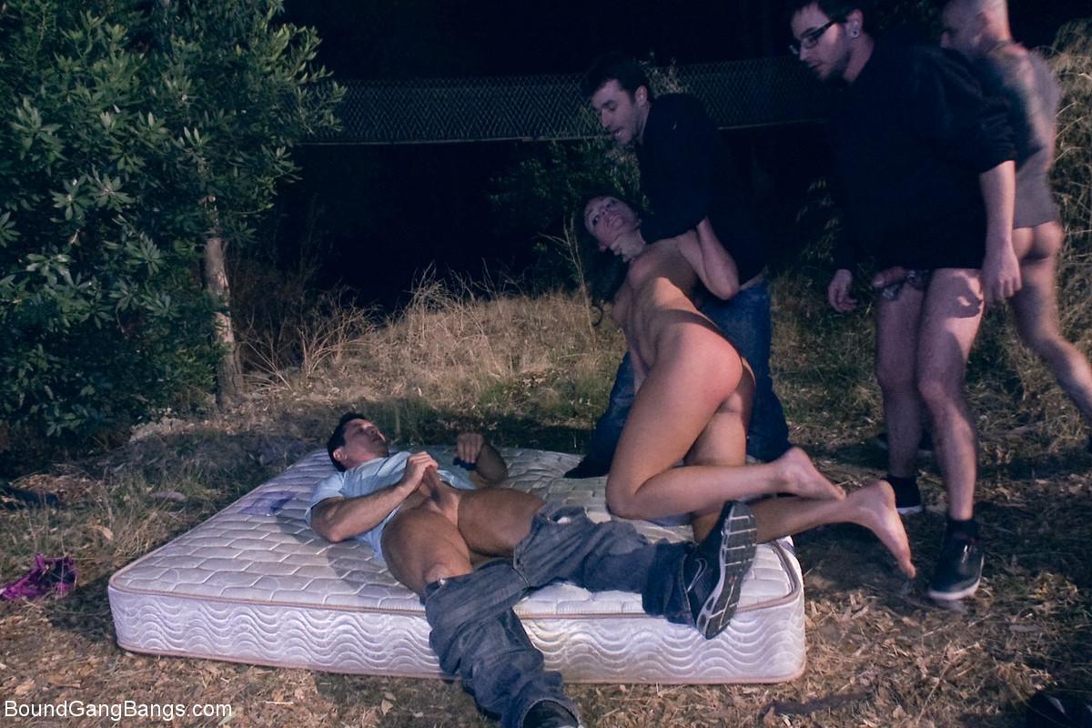 John Strong, Barry Scott, Dane Cross, James Deen, Kenzie Vaughn - Буккаке - Порно галерея № 3488216