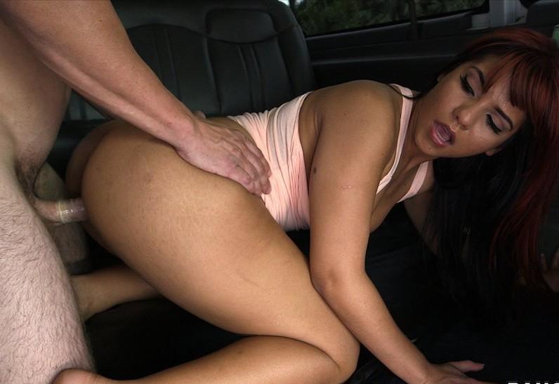 Rose Monroe - В автобусе - Порно галерея № 3441839