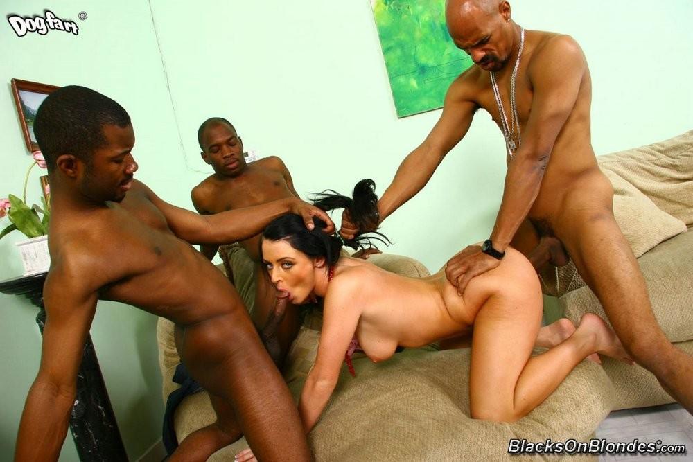 Erica boyer nude pic