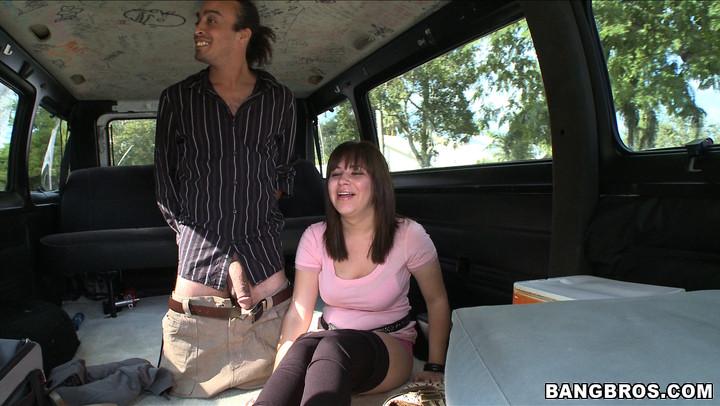 В автобусе - Порно галерея № 2647074