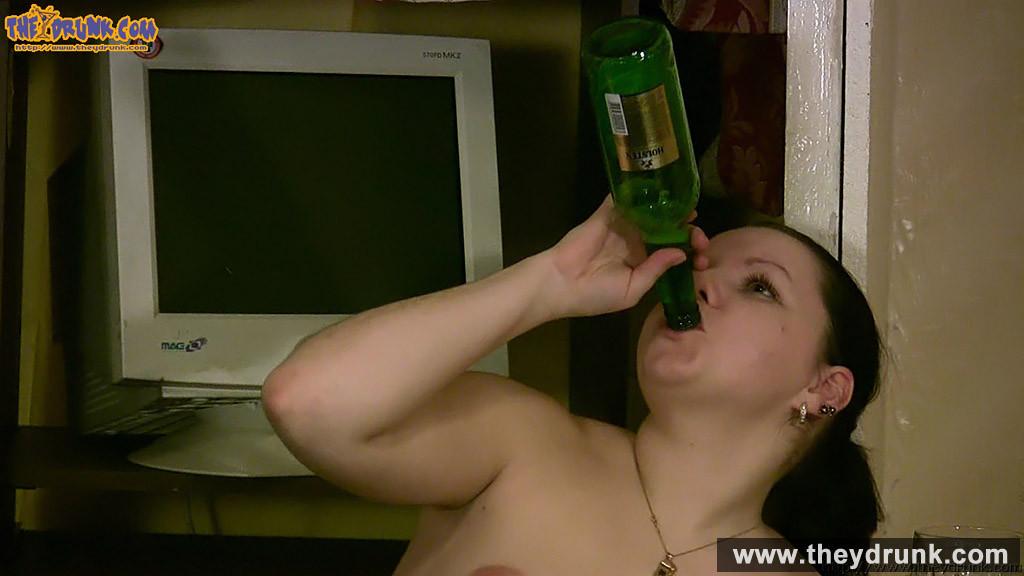 Бутылки - Порно галерея № 3534306