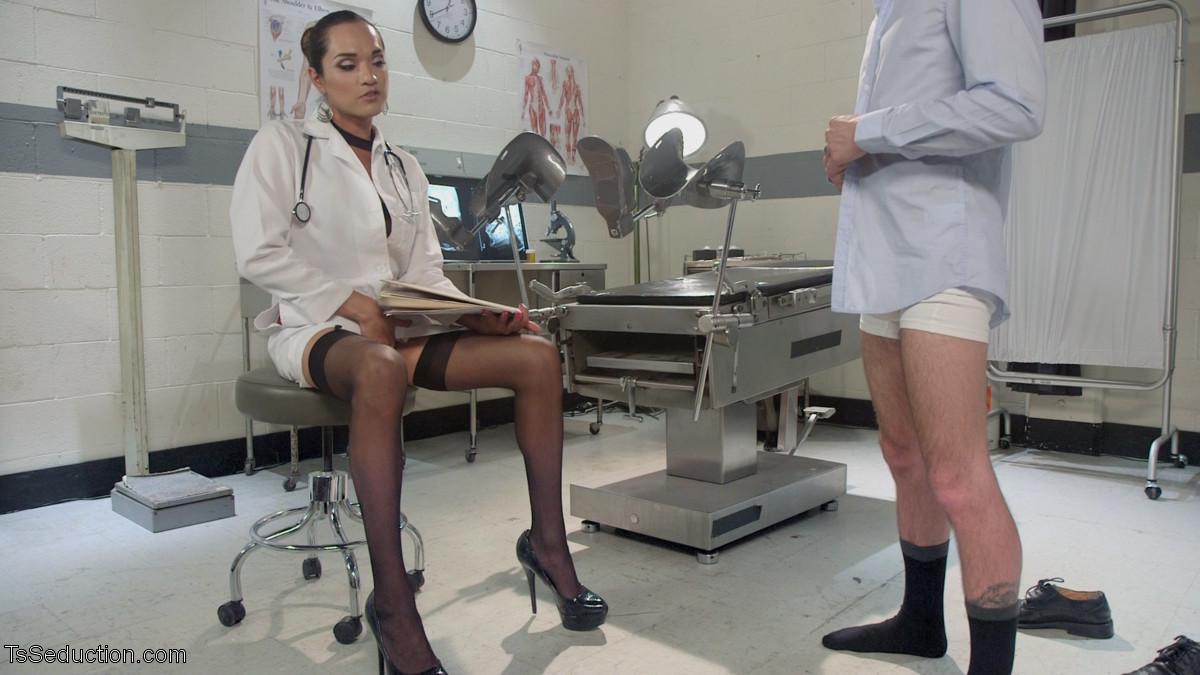 Jessica Fox, Tristan Mathews - У врача - Порно галерея № 3479909