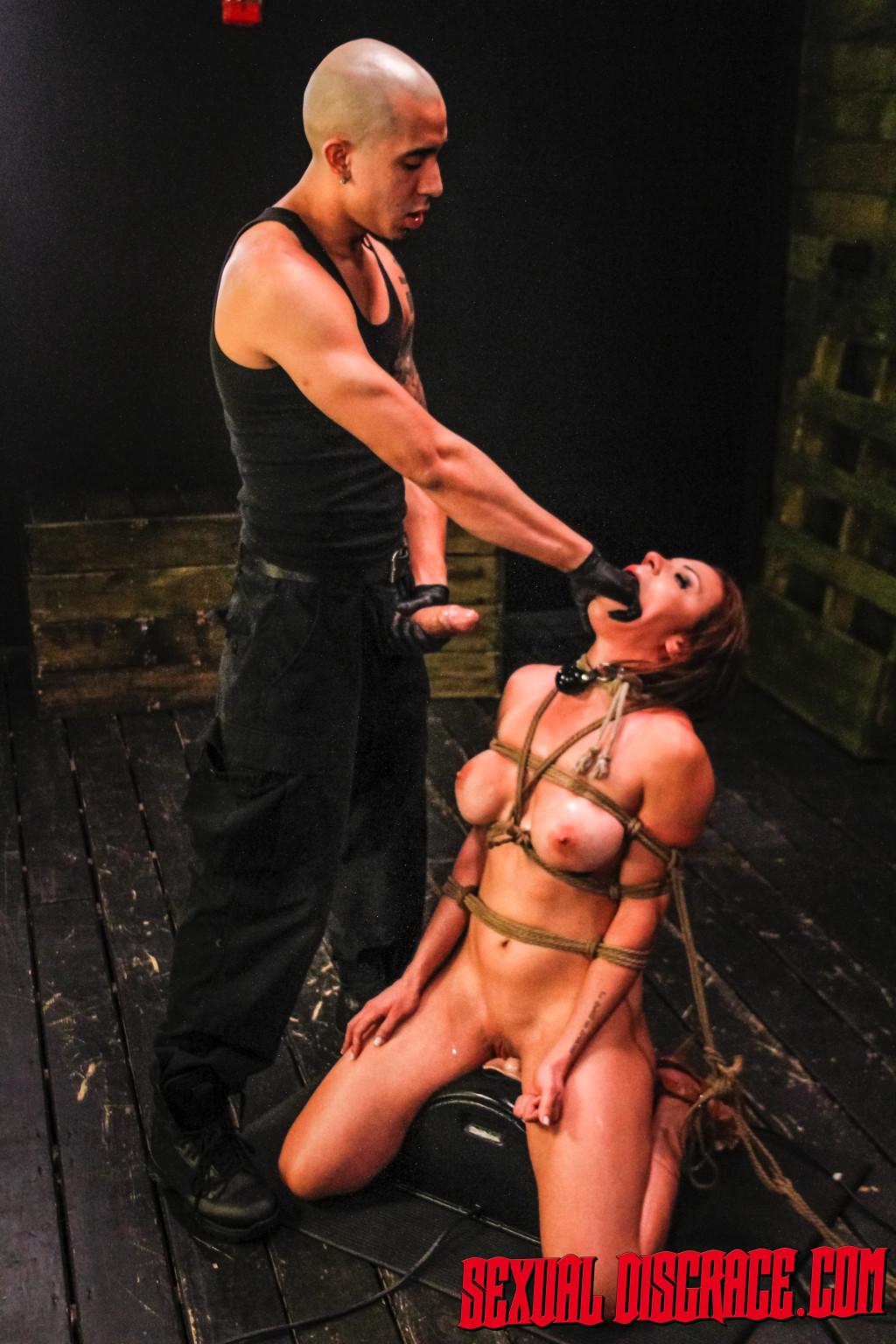 Kylie Rogue - Глубокая глотка - Порно галерея № 3540269