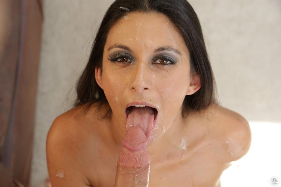 Nikki Daniels - Глубокая глотка - Галерея № 3381639