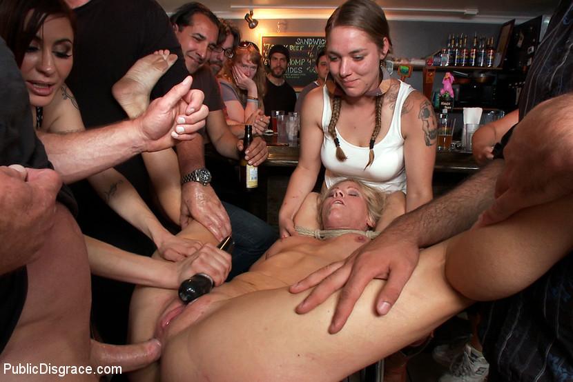 Public group hardcore sex