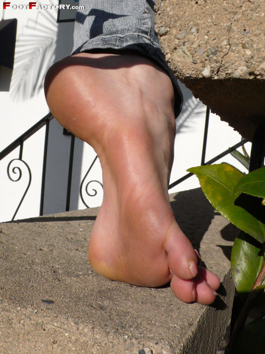 Kelly Space - Красивые ножки - Порно галерея № 3414532