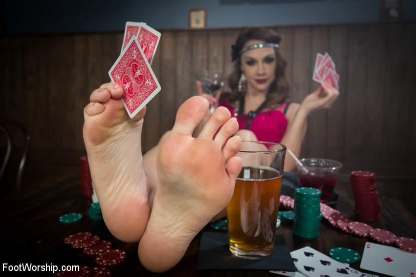 Mickey Mod, Chanel Preston - Дрочит ножками (футджоб) - Порно галерея № 3410624