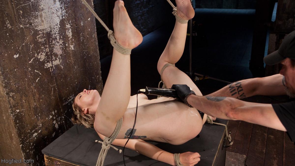 The Pope, Ella Nova - Фистинг - Порно галерея № 3489729