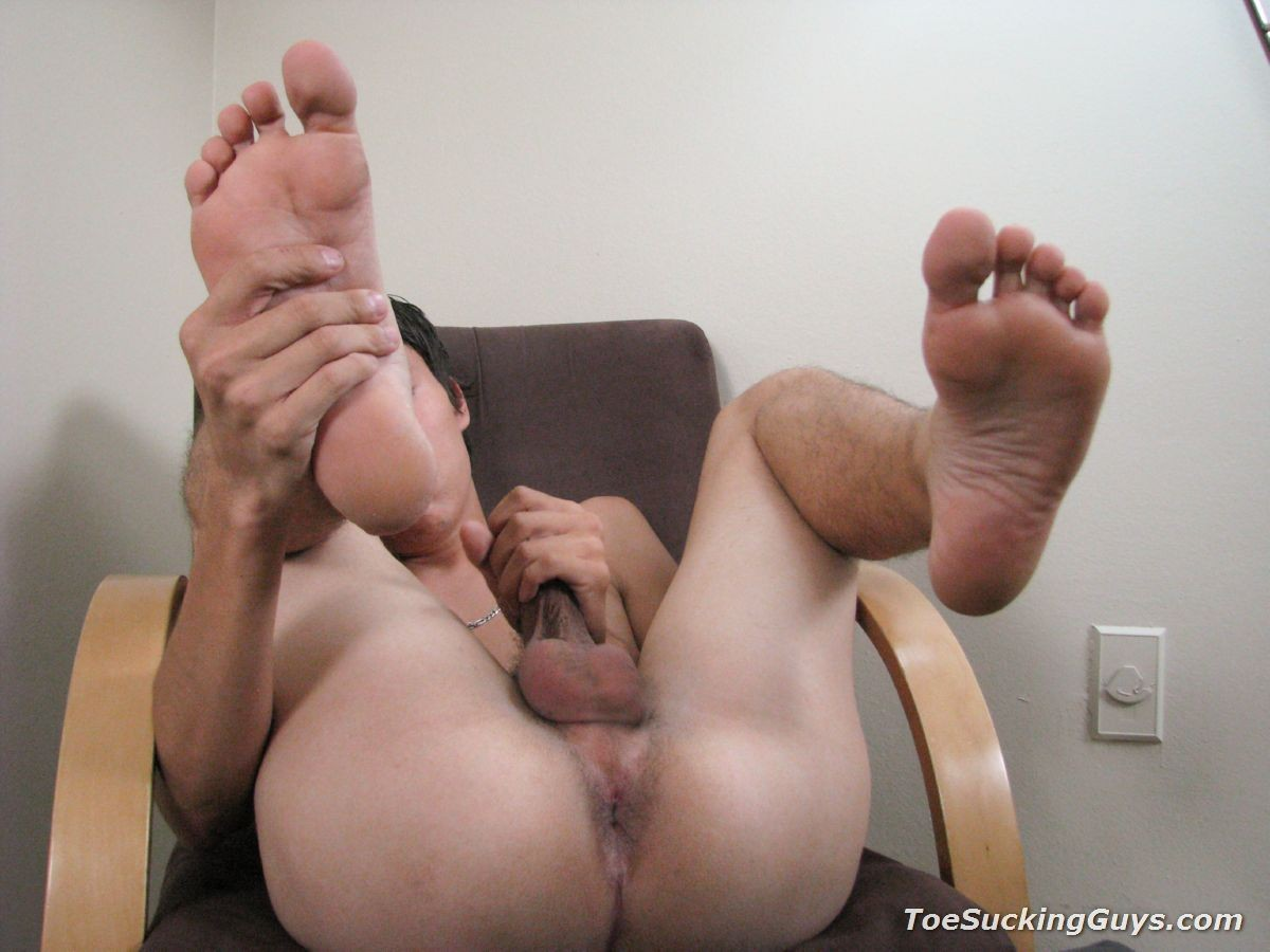 Justin Hawk - Дрочит ножками (футджоб) - Порно галерея № 3485287