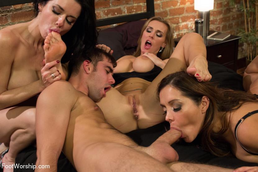 erotika-fetish-gruppovuha