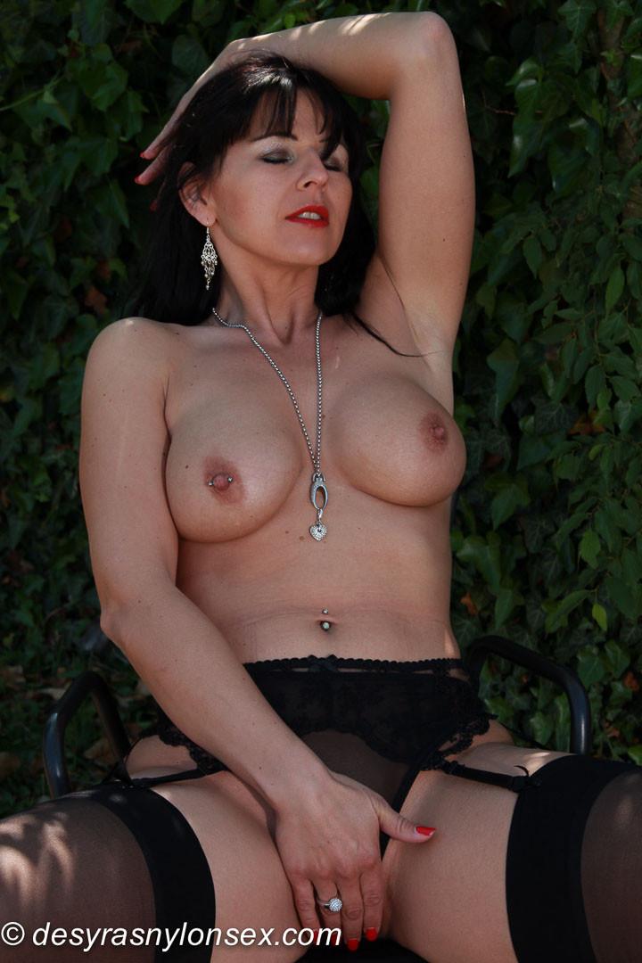 Desyra Noir - Немецкое - Порно галерея № 3532138