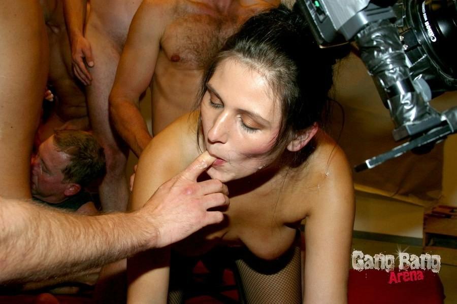 Немецкое - Порно галерея № 3117377