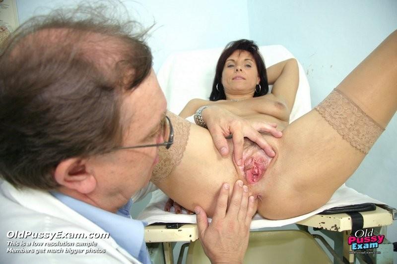 porno-anal-u-ginekologa-bol
