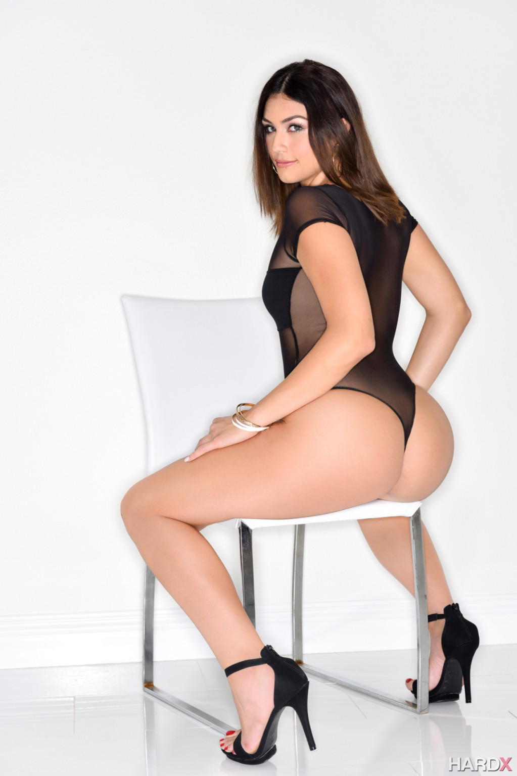 Kylie Sinner - На каблуках - Галерея № 3484853