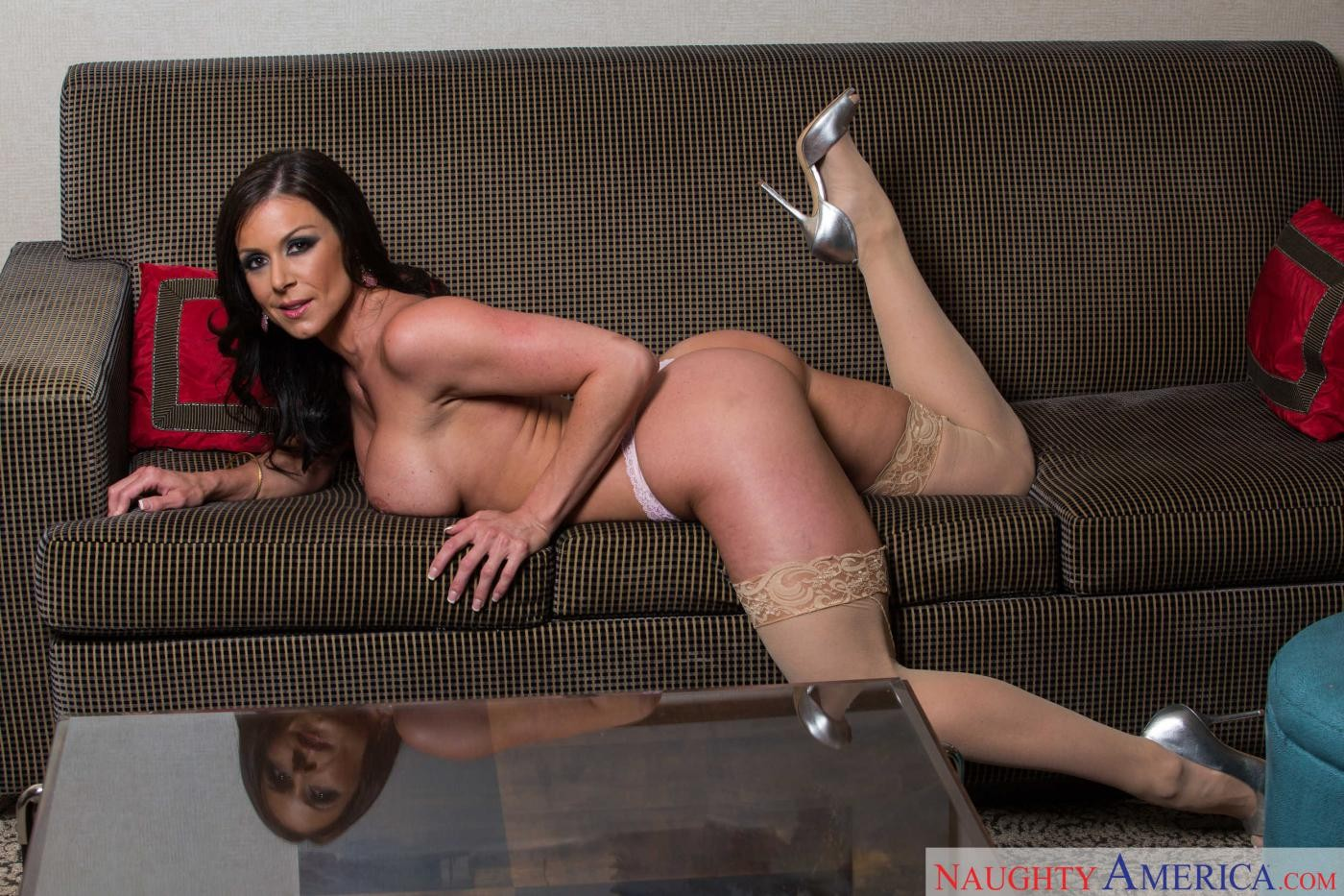 Kendra Lust - В гостинице - Порно галерея № 3484506