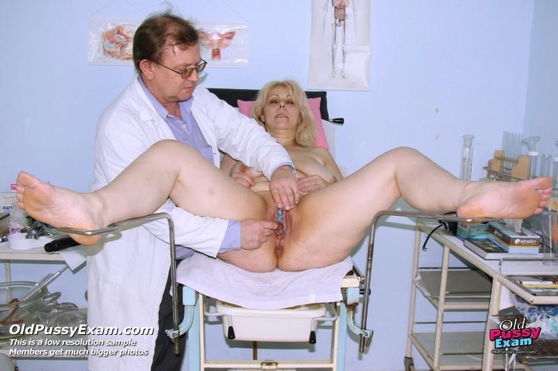приеме у на гинеколога порно cтаруха