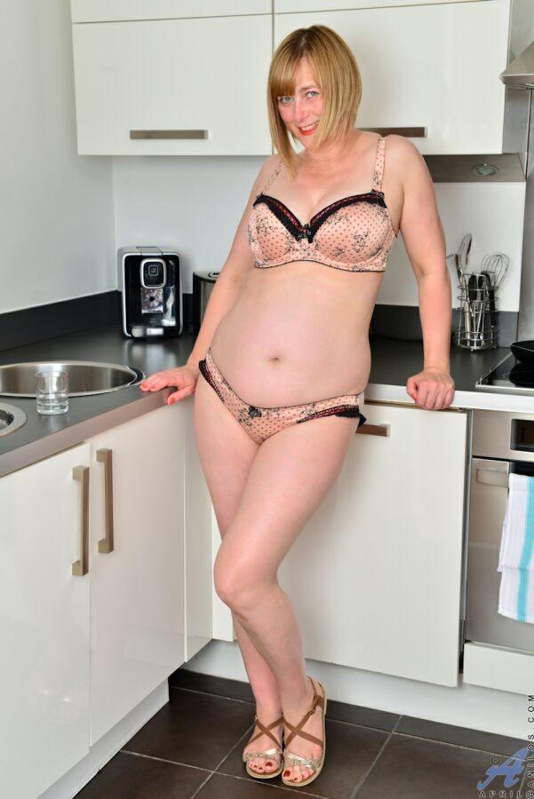 На кухне - Галерея № 3517493