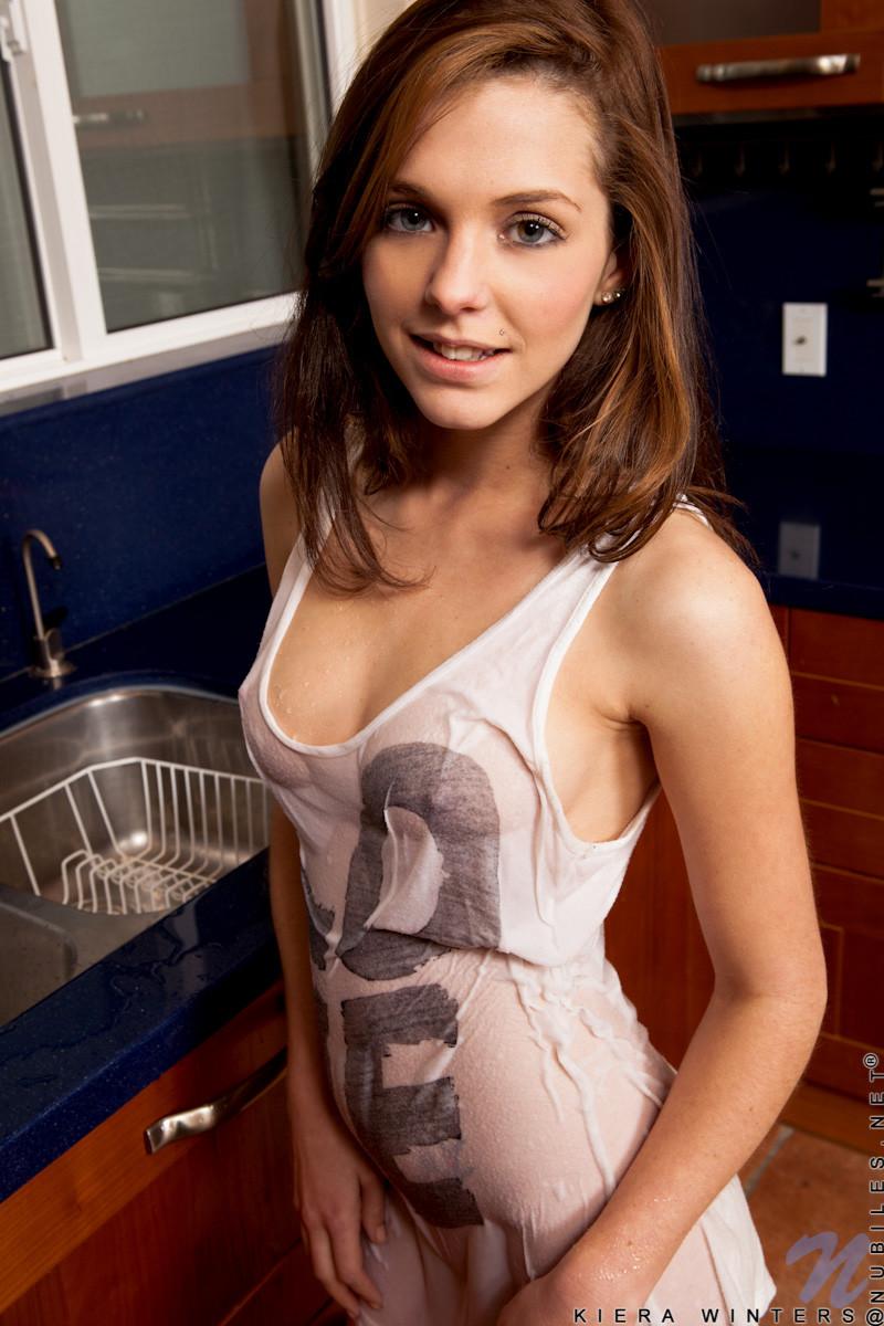 Kiera Winters - На кухне - Галерея № 3546642