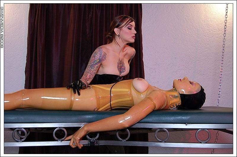 Athena Fatale, Karrlie Dawn - Латекс - Порно галерея № 3482356