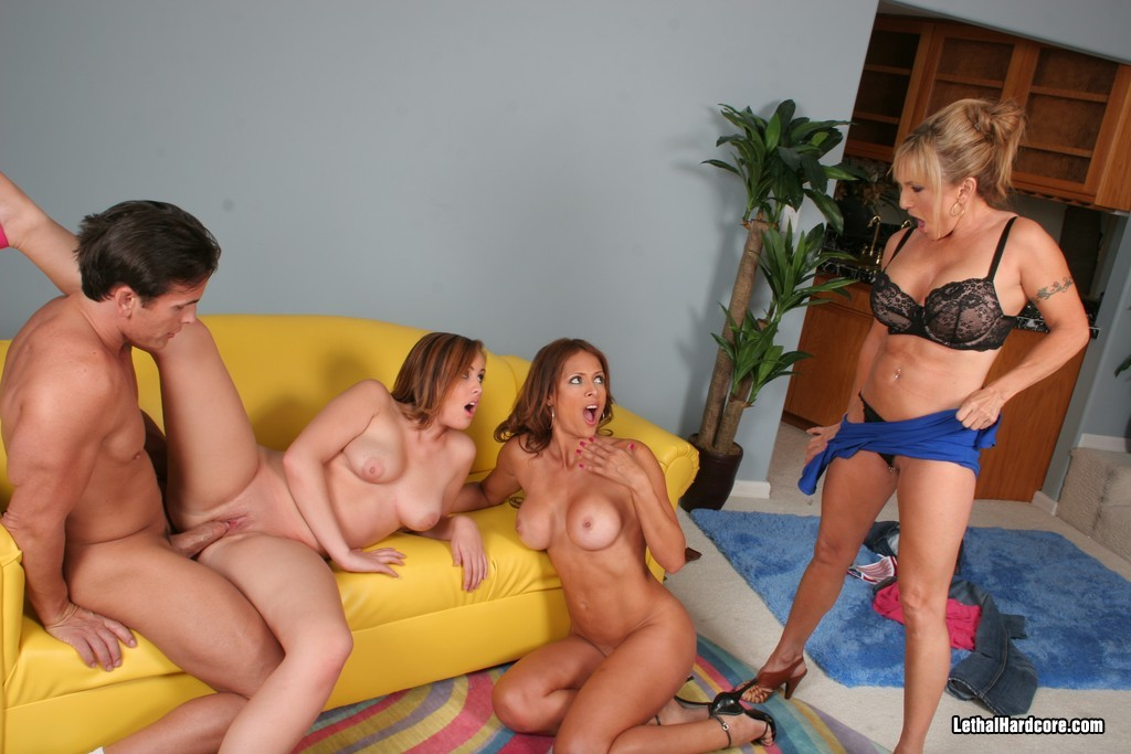Monique Fuentes, Talon, Luna Azul, Brooke Lee Adams - Лесби - Галерея № 2796214