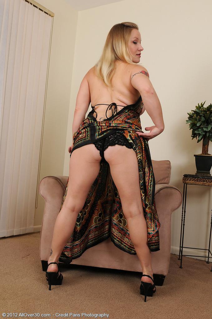 Зрелая женщина - Порно галерея № 3224777