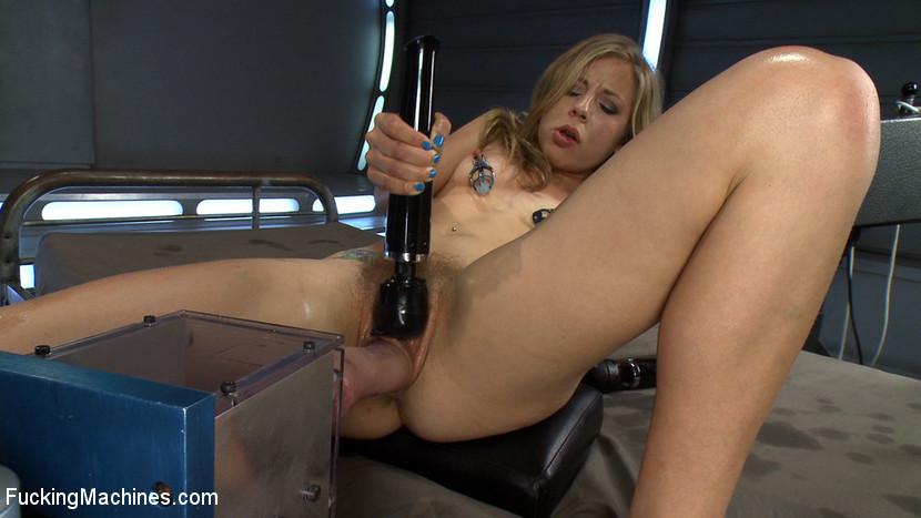 Chastity Lynn - Секс машина - Галерея № 3345651