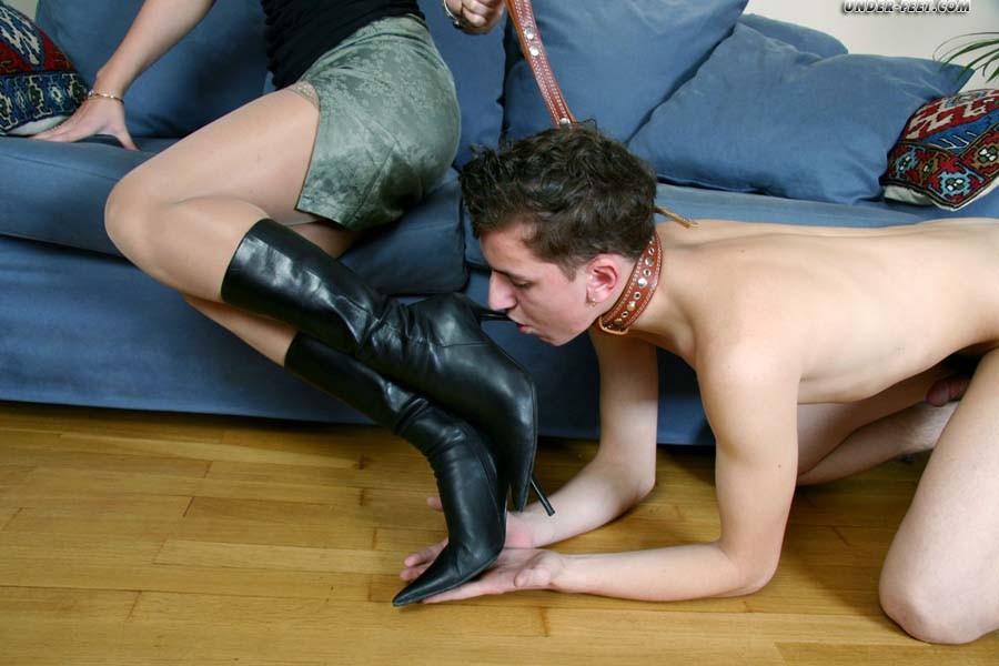 Дрочу в женские туфли секснарод