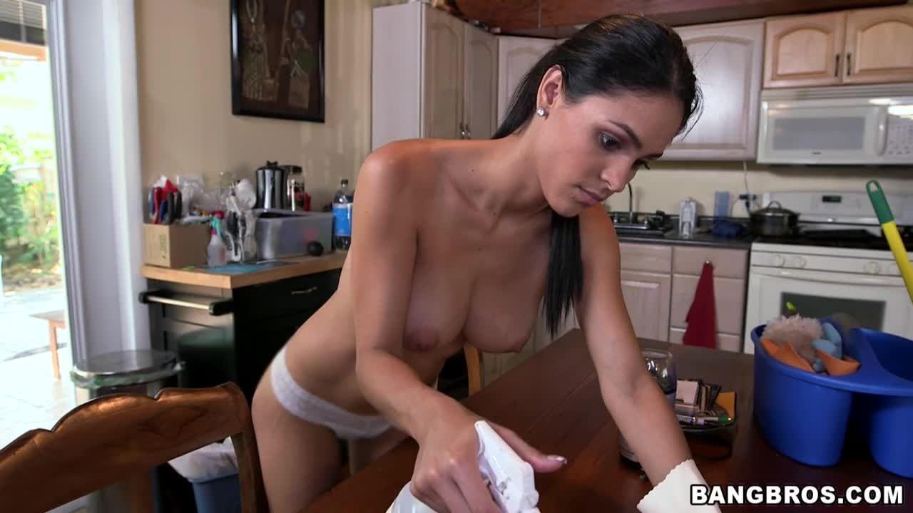 Jasmine Caro - За деньги - Порно галерея № 3420276