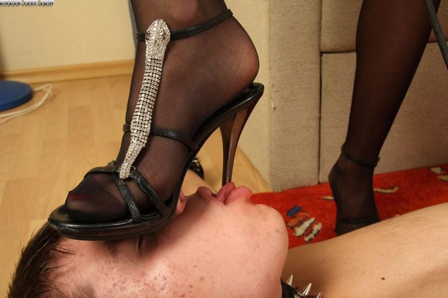 Ноги госпожи гуимплен