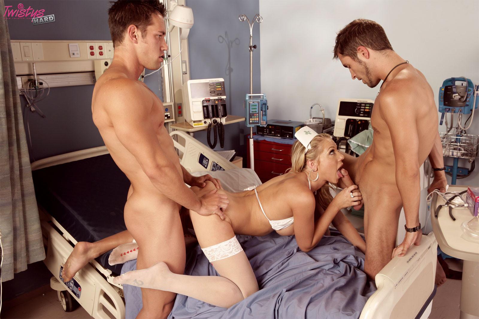 Shawna Lenee - Медсестра - Галерея № 2486062