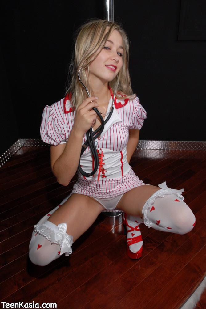 Медсестра - Порно галерея № 2740150