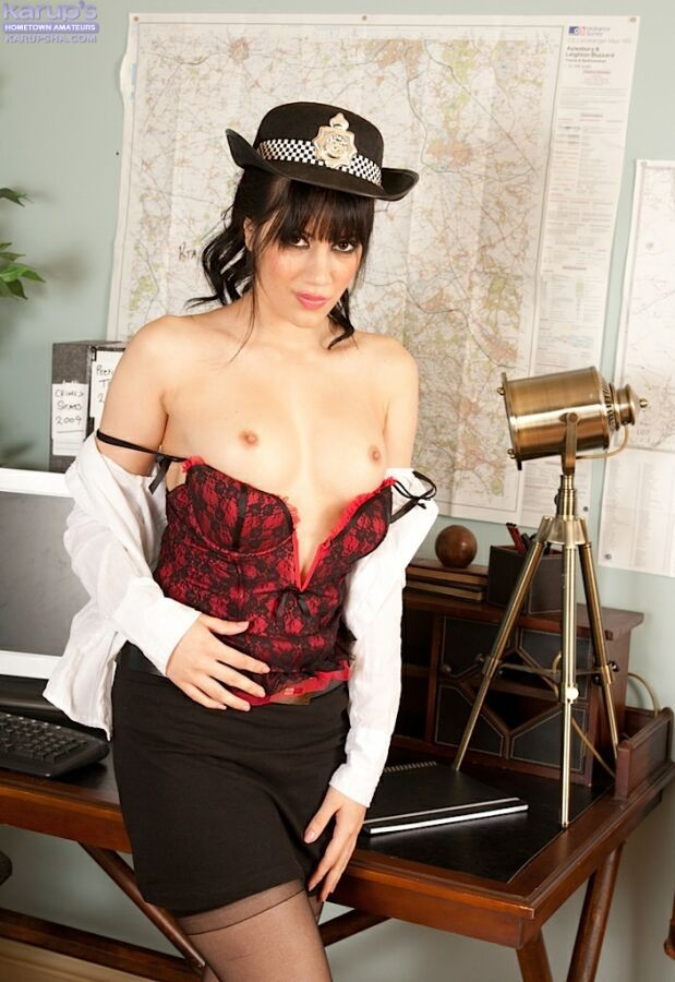 Vikki Gabrielle - В офисе - Порно галерея № 3524458