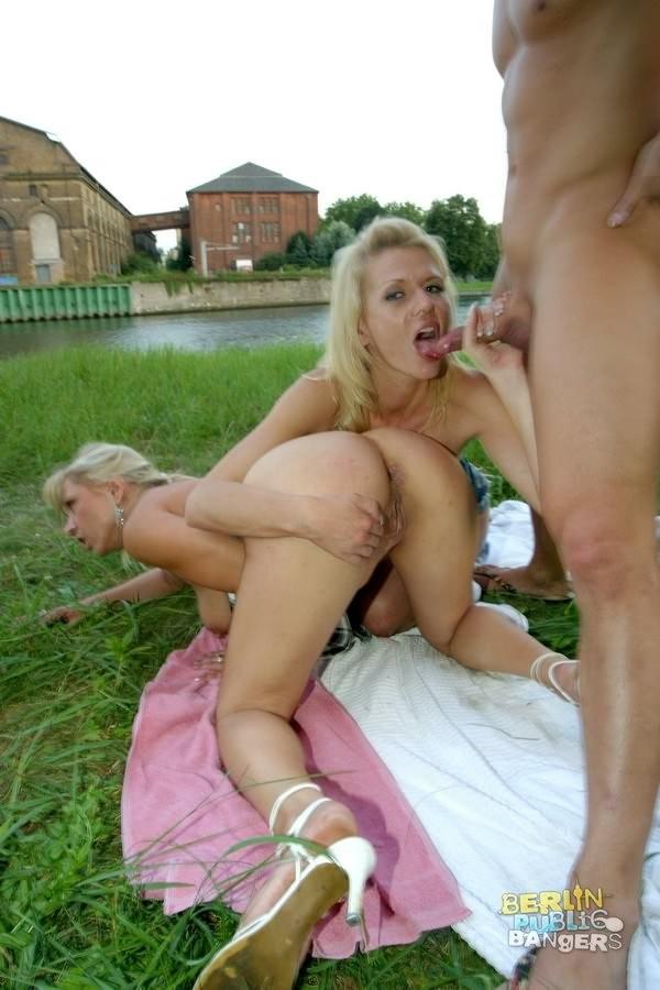 Anna Lena - На улице - Порно галерея № 3551385