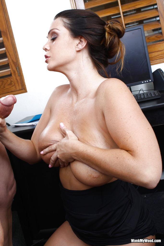 Alison Tyler - В офисе - Порно галерея № 3518564