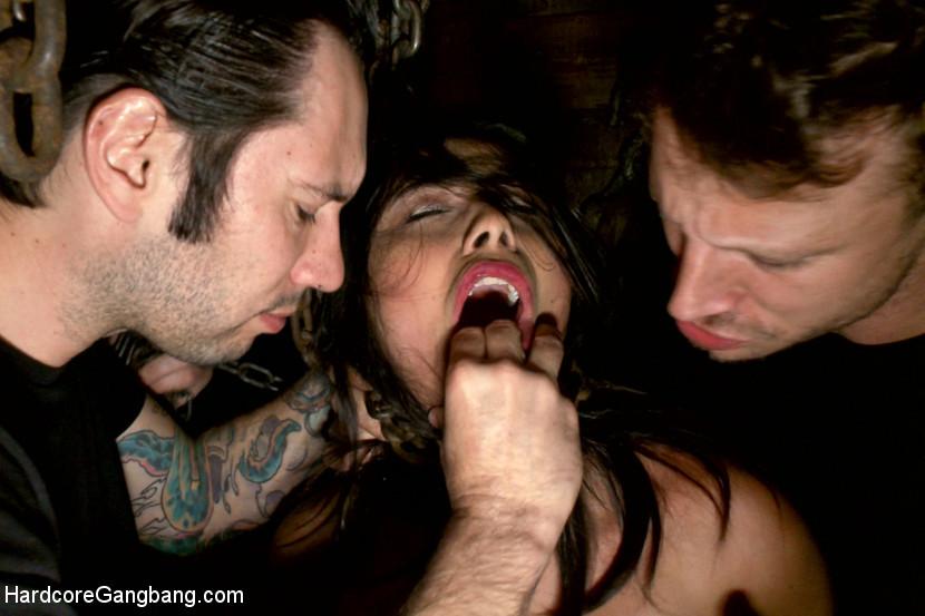 Miya Stone, Mr Pete - Вечеринка - Порно галерея № 3428676