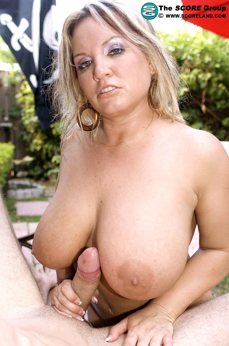 Rachel Love - На улице - Порно галерея № 2409040