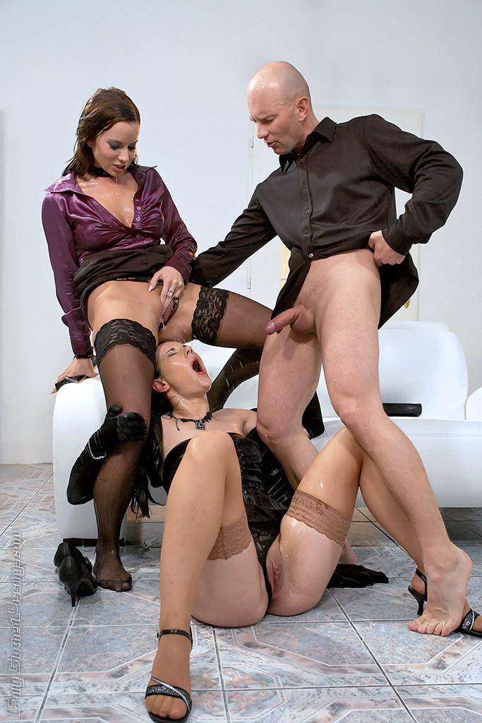 Писсинг - Порно галерея № 3053604