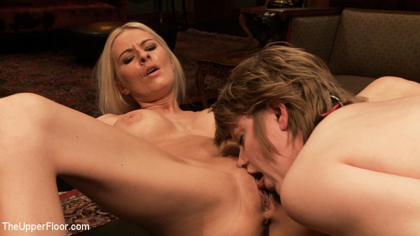 Riley Evans, Alani Pi, Danny Wylde - Вечеринка - Порно галерея № 3345864