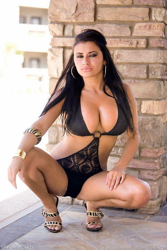 vzroslie-zhenshini-spisok-brazilskih-porno-aktris-laskayutsya