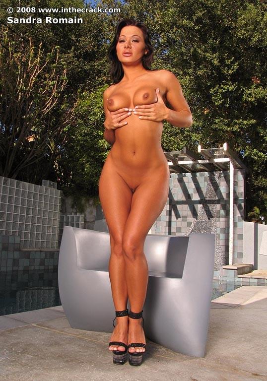Sandra Romaine - В бассейне - Галерея № 2418052