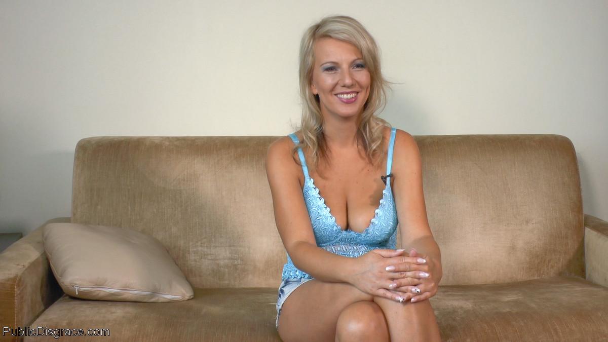 Luci Angel, Conny Dachs, Mona Wales - Публичное - Порно галерея № 3508970