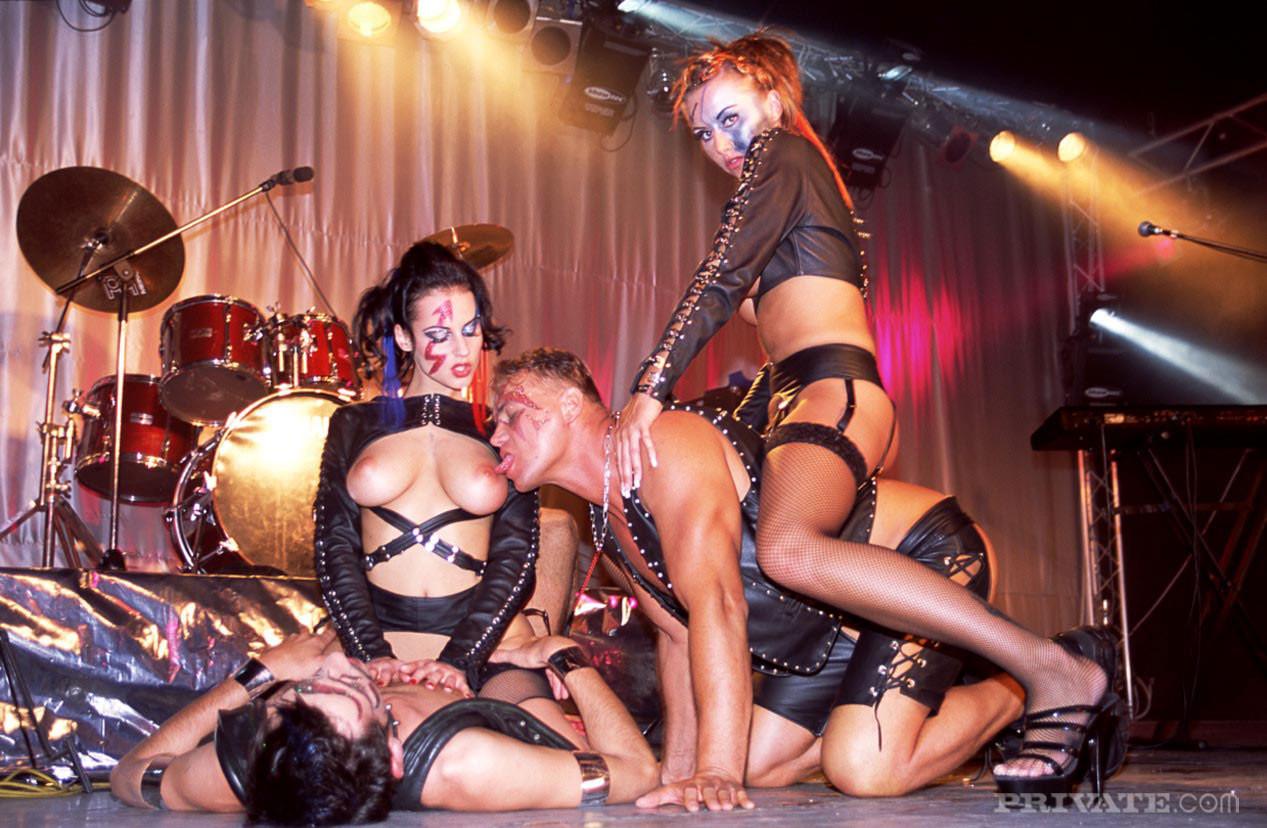 Секс порно на концерте