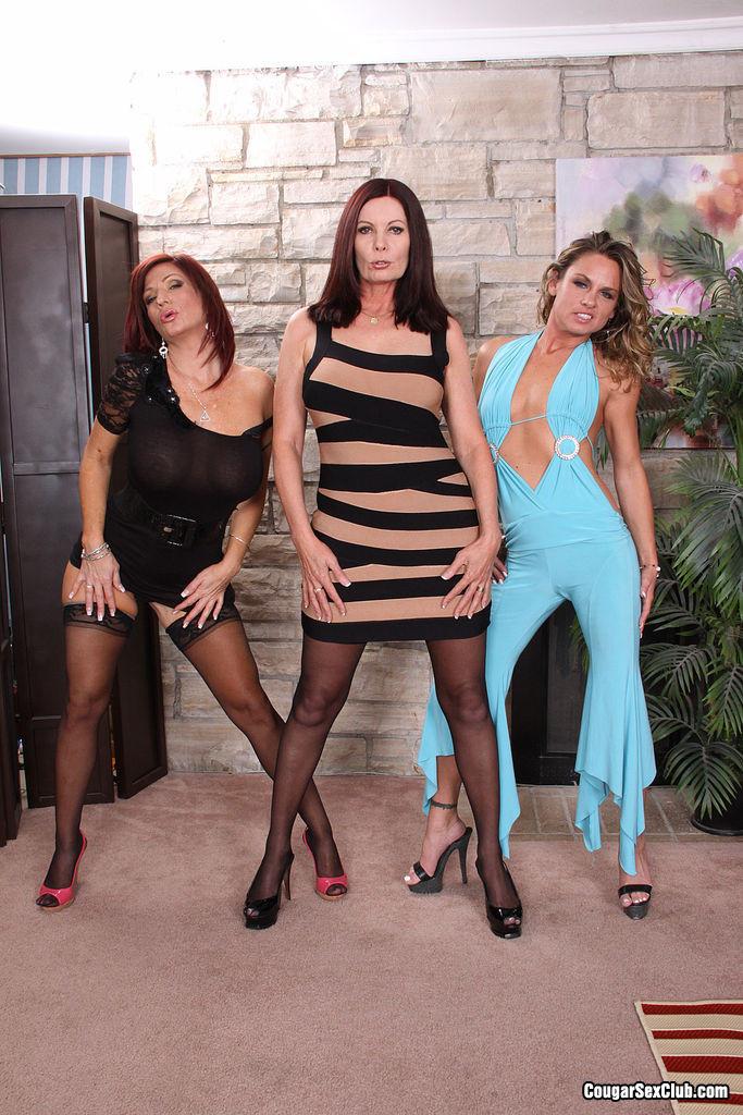 Magdalene St Michaels, Brittany Blaze, Amanda Blow - Висячие сиськи - Галерея № 3461788
