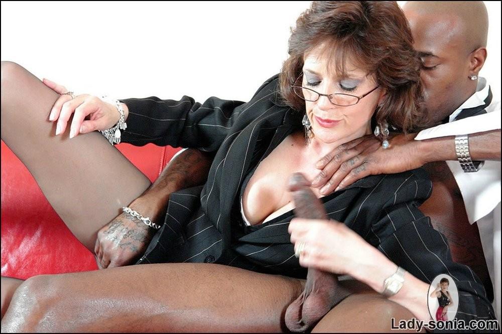 Lady Sonia - Секретарша - Порно галерея № 3416295