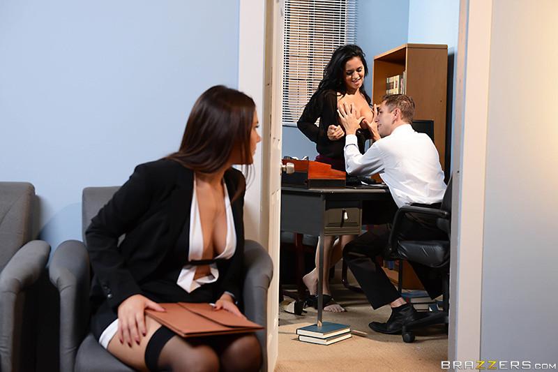 Valentina Nappi, Abbey Lee Brazil, Abby Lee Brazil - Секретарша - Галерея № 3486859