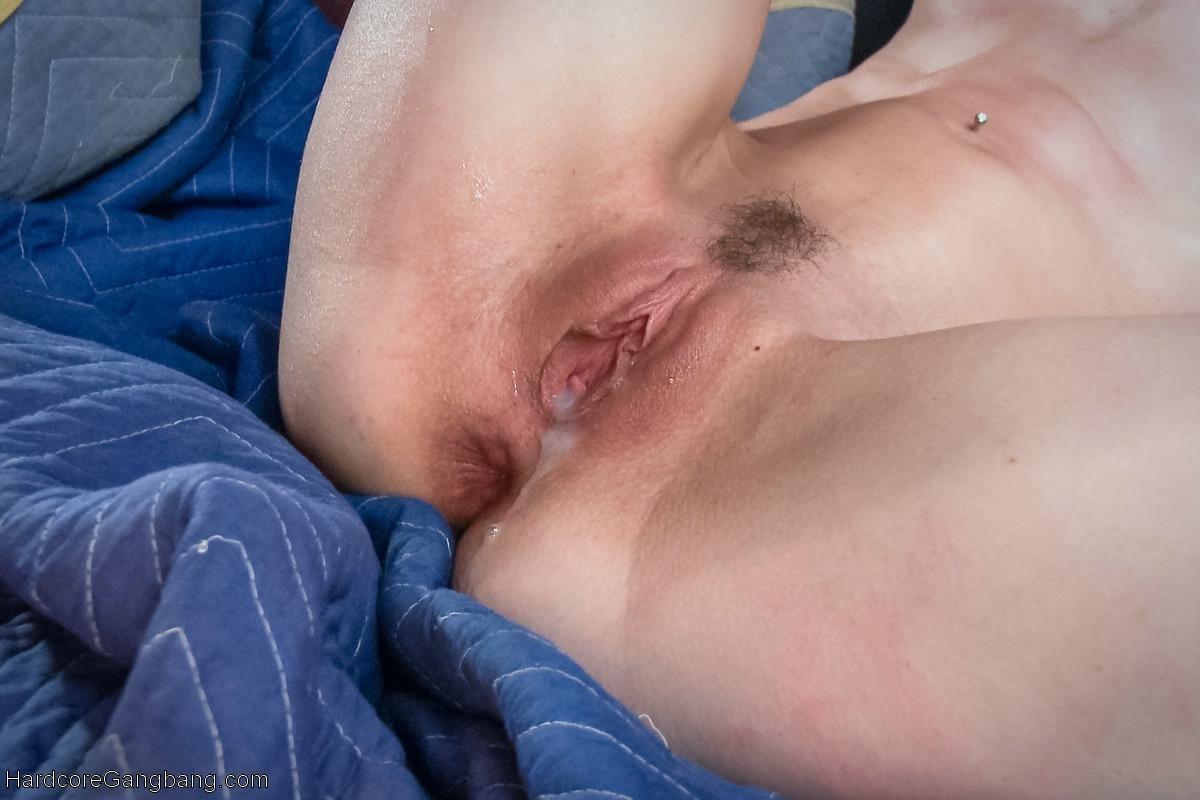 Bonnie Day, Ramon Nomar - Сквирт (струйный оргазм) - Порно галерея № 3431873