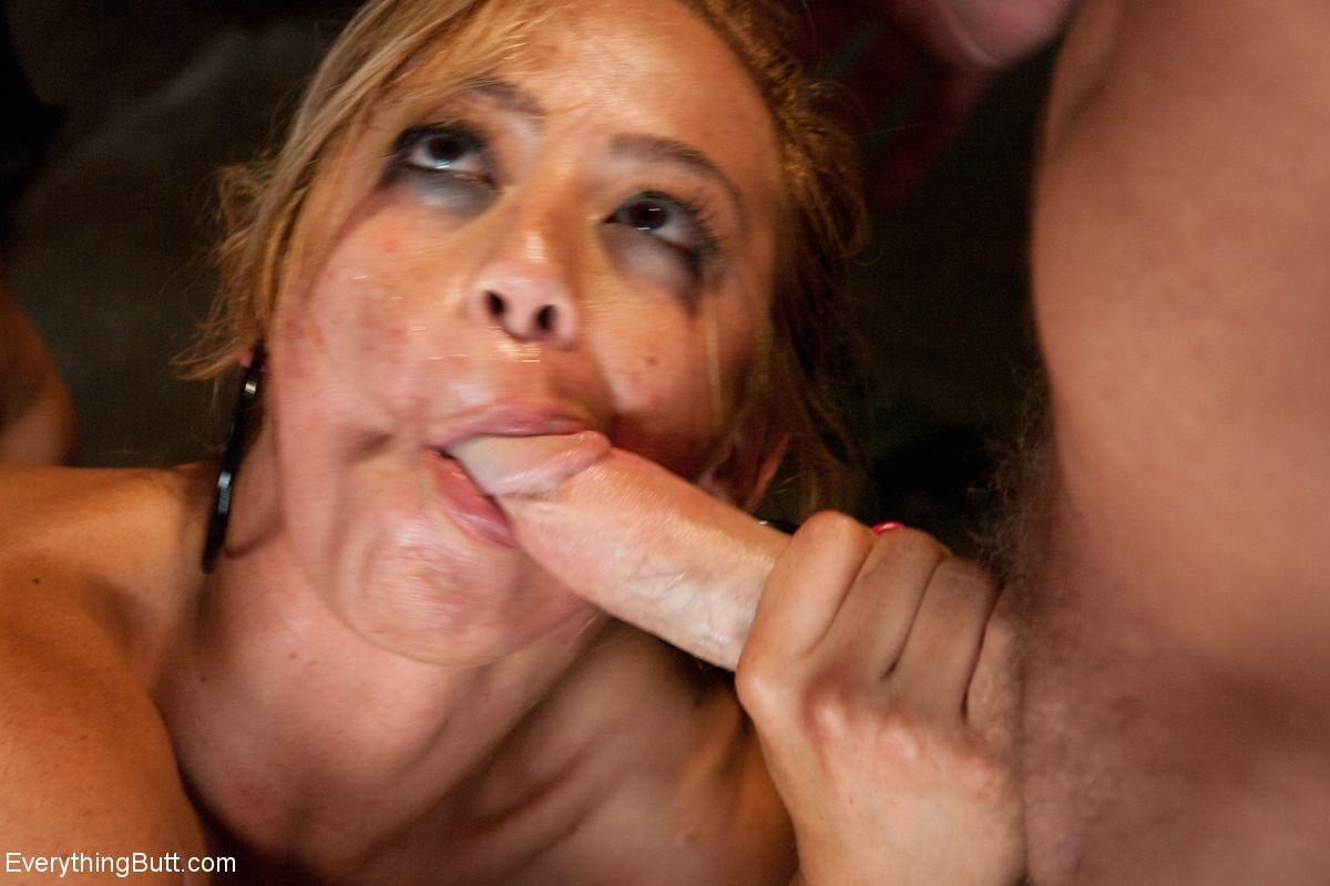 Mia Lelani, Isis Love - Сквирт (струйный оргазм) - Порно галерея № 3417650