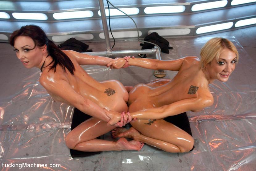 Amy Brooke, Alysa - Сквирт (струйный оргазм) - Галерея № 3404360