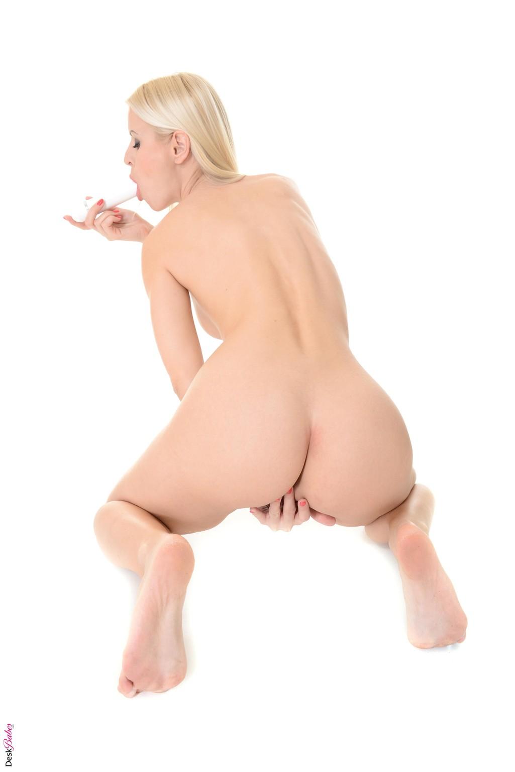 Ms Lynna, Lynna Nilsson - Секс игрушки - Галерея № 3466070